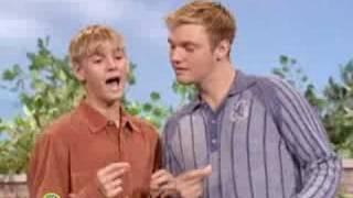 Sesame Street: Aaron Carter And Nick Carter Sing I Like To Sing