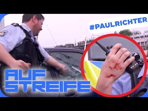 Paul Richter verletzt! Warum muss er die Scheibe einschlagen? |#PaulRichterTag | Auf Streife | SAT.1
