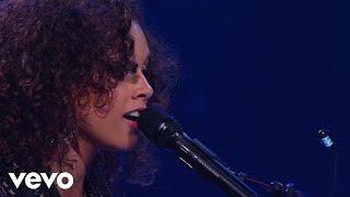 Смотреть клип Alicia Keys - A Dream