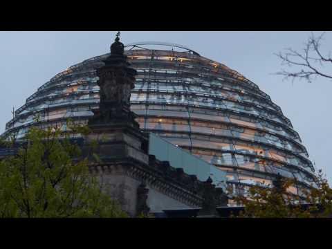 Glas Dome - Reichstag Building - Berlin