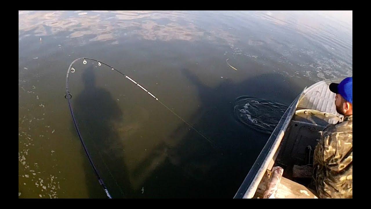 рыбалка на озерах март видео
