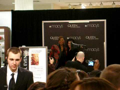 Queen Latifah at Marshall Field's