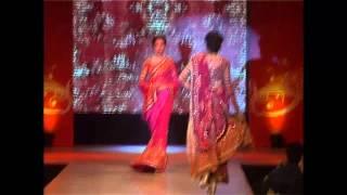 Sharukh Khan and Ranbir Kapoor at Satya Paul show at Pre-Filmfare Awards Party 2012- Part III Thumbnail