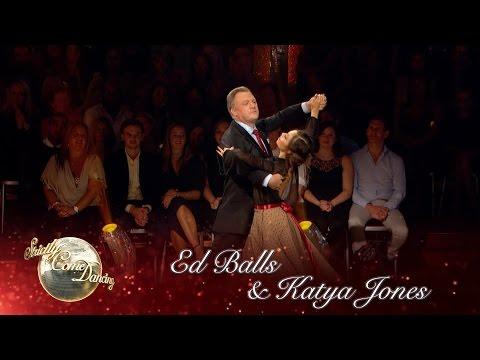 Ed Balls & Katya Jones Waltz to 'Are You Lonesome Tonight' - Strictly Come Dancing 2016: Week 1