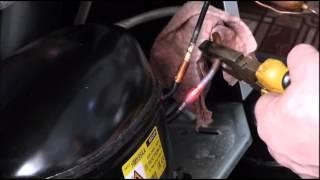 Инструмент для замены  компрессора на кухне у клиента. Замена компрессора на холодильнике Атлант(, 2016-03-30T08:24:27.000Z)