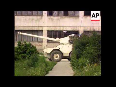 Bosnia - French/Bosnian Stand-Off In Sarejevo