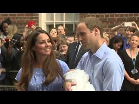 Raw:  Will, Kate and New Prince Go Home