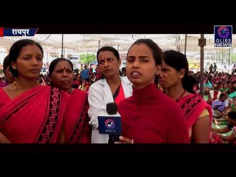 Exclusive : बर्खास्तगी की नोटिस के बाद भी कार्यकर्ता डटी हड़ताल पर
