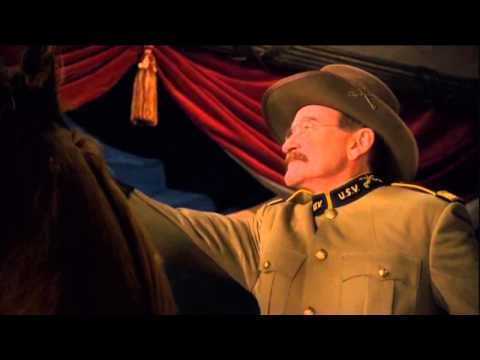 Night at the Museum Robin Williams Final Scene - YouTube