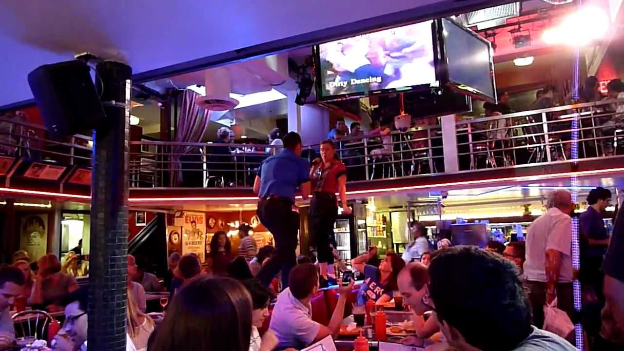Ellen 39 s stardust diner nyc youtube - Ellen show new york ...