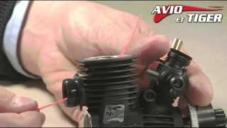 Démontage du kit chemise-piston d'un micro-moteur thermique