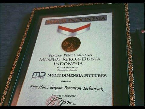 Detik2 Danur Movie 2017 memperoleh penghargaan dari Rekor Muri Indonesia