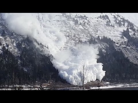 Avalanche control triggers HUGE slide in Alaska, see it