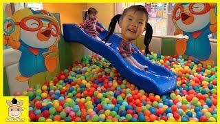 뽀로로 키즈카페 미끄럼틀 놀이 Rainbow slide indoor playground for kids