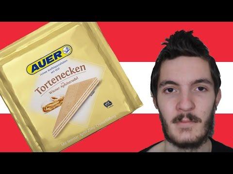 Trying Austrian Tortenecken Apfelstrudel