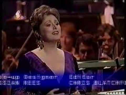 Rebecca Evans - sings Mozart