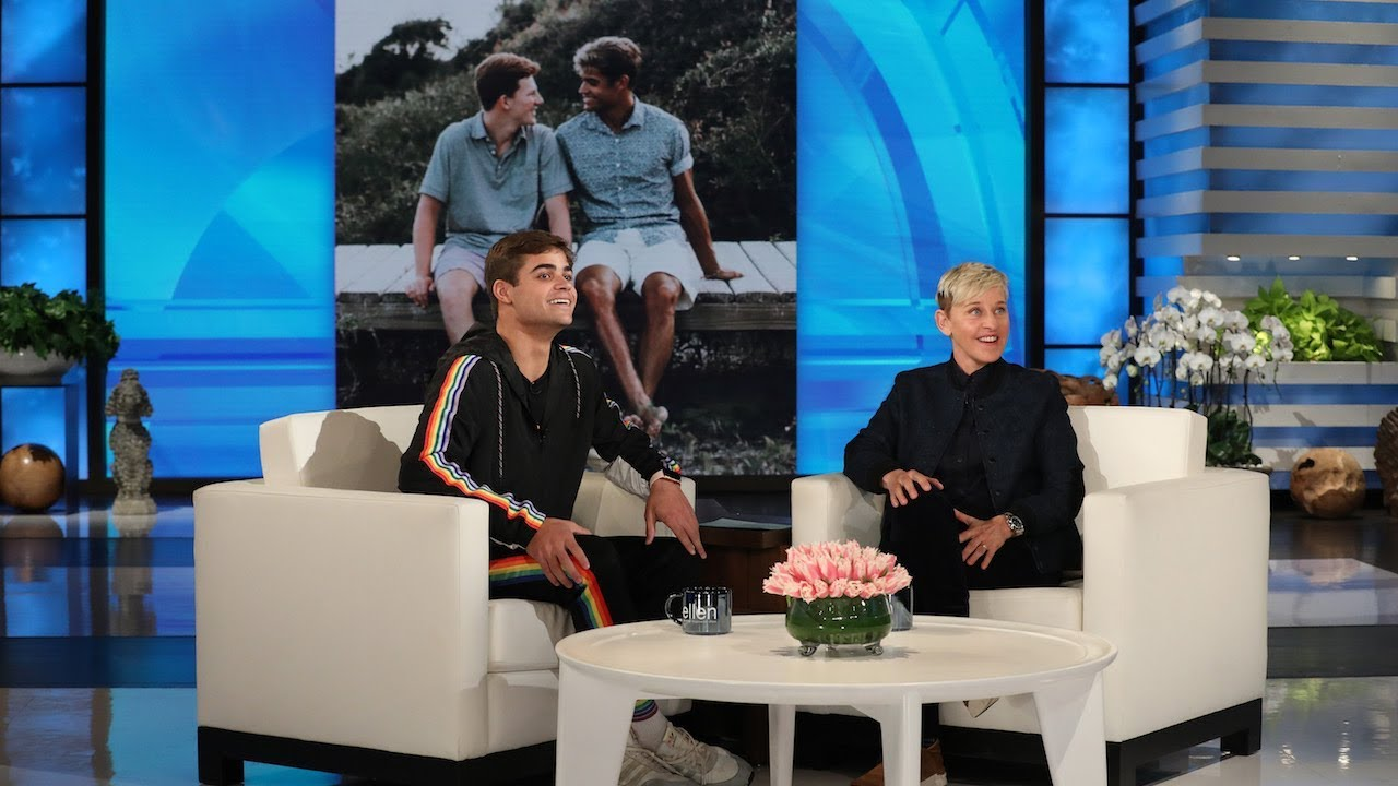 Ellen surprises St  Louis football star during chat about coming out