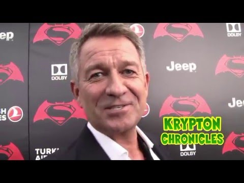 BATMAN V SUPERMAN: DAWN OF JUSTICE - NYC PREMIERE - Interview with Sean Pertwee (Gotham TV Show).