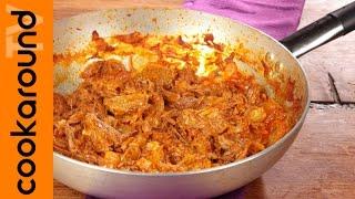Lesso rifatto con le cipolle / Ricetta di carne