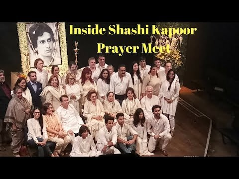 Bollywood Stars And Shashi Kapoor's All Family Members At His Prayer Meet