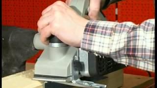 Рубанок (электрорубанок)(Электрорубанок — один из самых востребованных электроинструментов. В видео сюжете подробно рассмотрено..., 2013-03-21T11:10:04.000Z)
