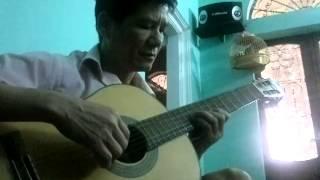 bên cang quê huơng tôi- guitar Tran dung