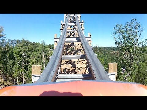 We Went To Dollywood! | Park Tour, Roller Coaster Fun & Food!