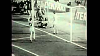 Campionato di serie a 1975-1976 - 11 andatatorino stadio comunaledomenica 4 gennaio 1976juventus-napoli 2-1marcatori: savoldi rigore 4, damiani 34, gori s....