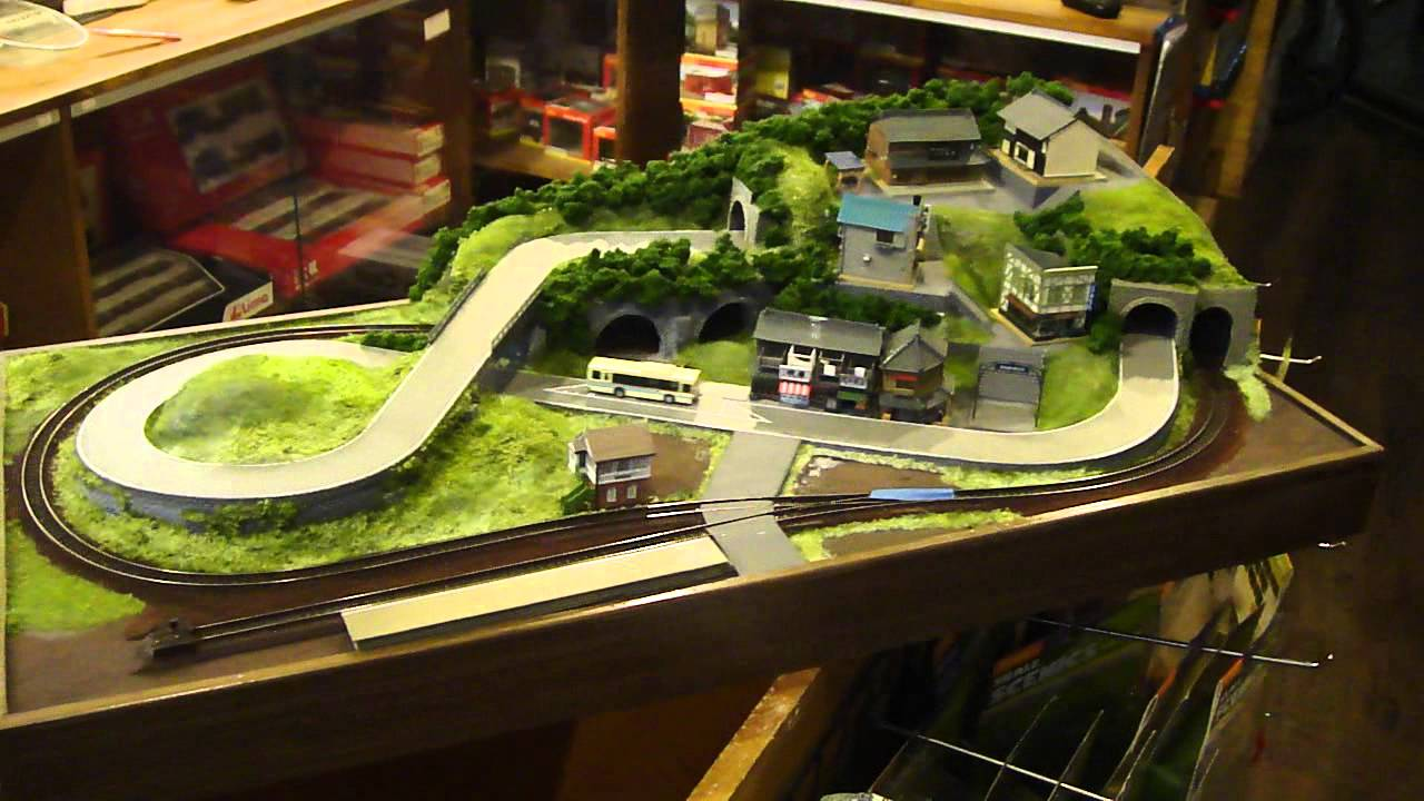 80X40cm N scale layout with bus and train PART 2 - YouTube