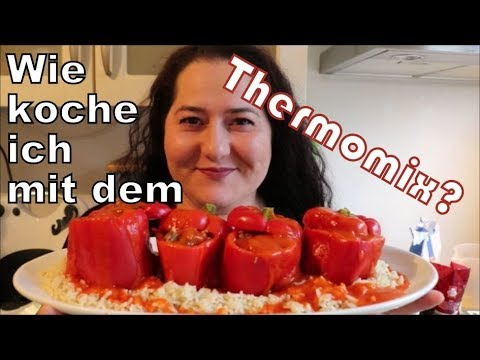 meine erfahrung mit thermomix wie koche ich gef llte paprika reis und tomatensauce youtube. Black Bedroom Furniture Sets. Home Design Ideas