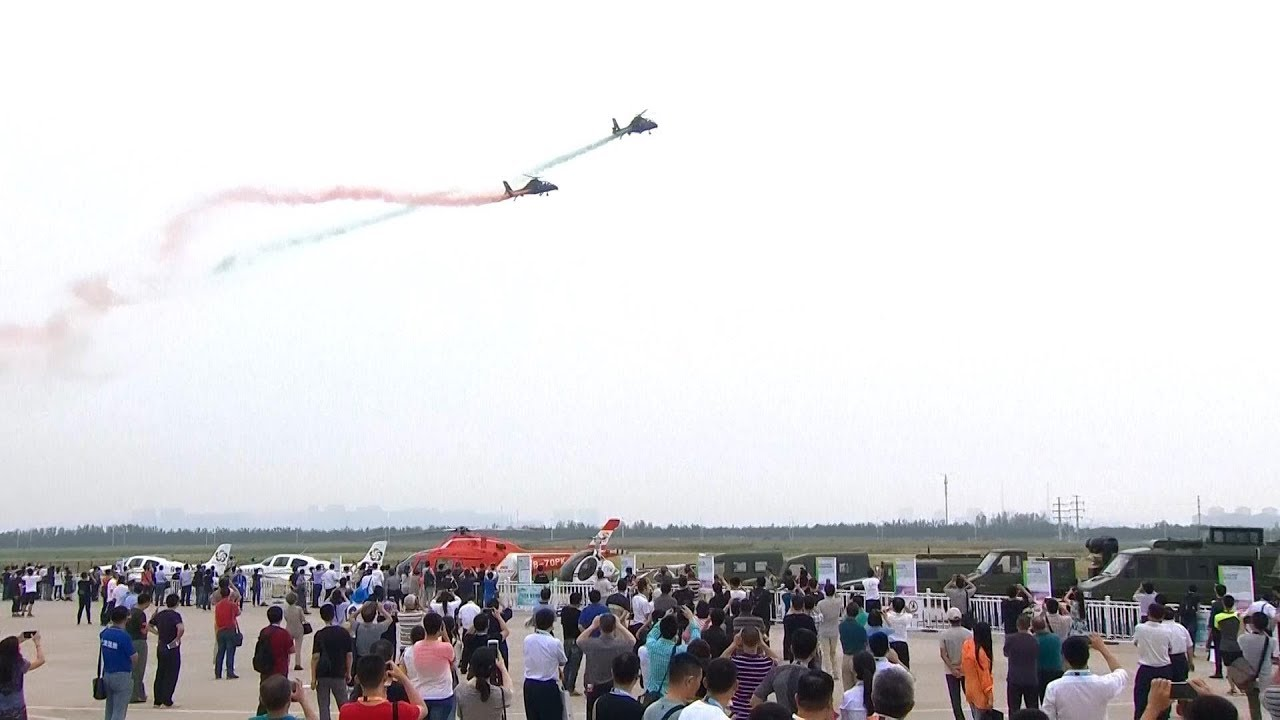 China's Own Attacking Helicopters Stun Spectators at Expo