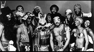 Funkadelic, Super Stupid, Awkward White People Dancing,