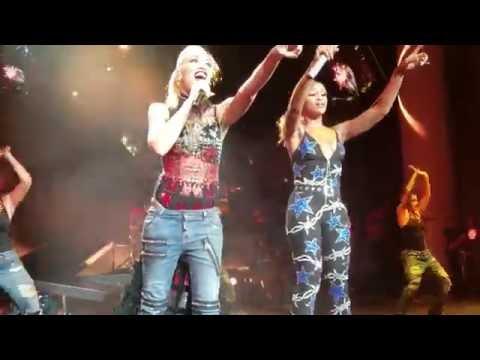 Gwen Stefani feat Eve  Rich Girl  in  Noblesville 7312016