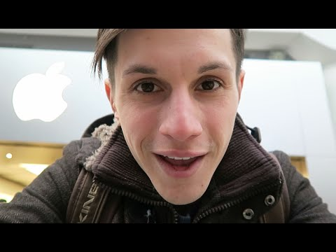 BIGGEST APPLE STORE IN CANADA | VLOG#16