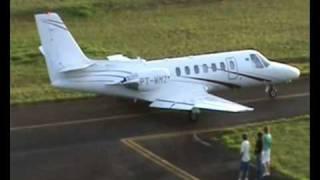 Aviões e Jatinhos Decolando de Araras SP, Filmado da Torre de Controle