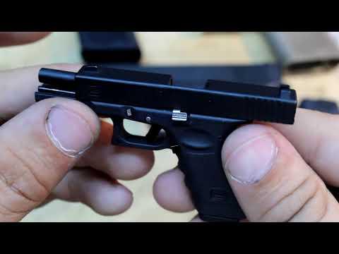 Miniature 1/3 Glock 17 - EXACT replica, metal slide, working trigger, mini bullets and more!