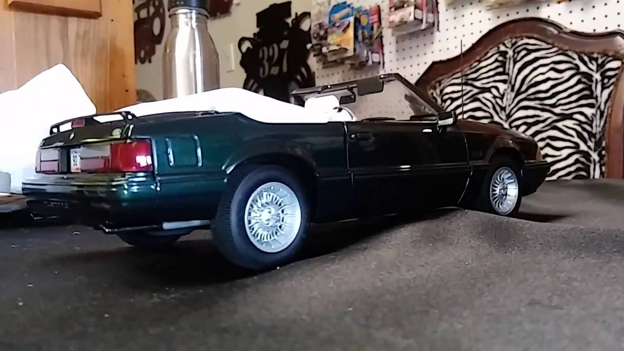 1 18 diecast gmp 1990 ford mustang 7 up edition