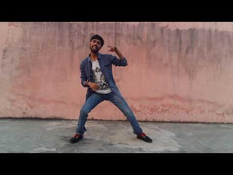 Naveen Smart dance for Arya Song