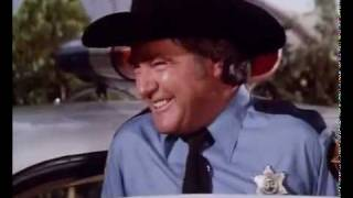 This is sheriff  Rosco P. Coltrane!