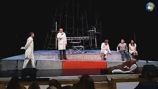 Ефремова окунули лицом в торт во время спектакля