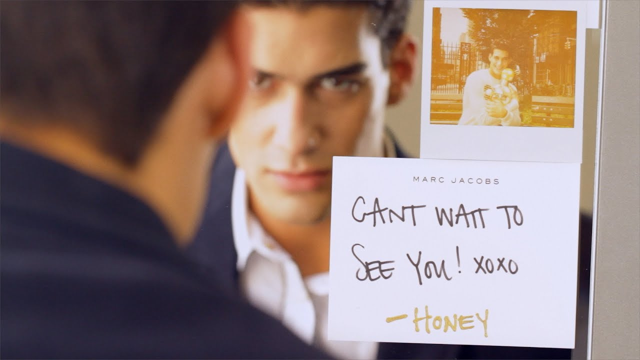 Make a Date with Honey Marc Jacobs