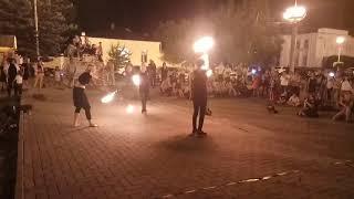 Уронил факел (fire-show)