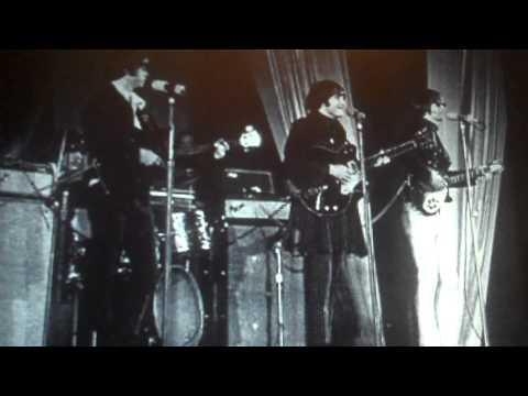 Chimes of Freedom (Bob Dylan) with lyrics