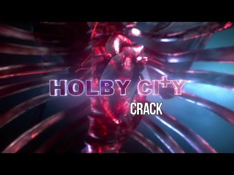 Holby City - Crack!