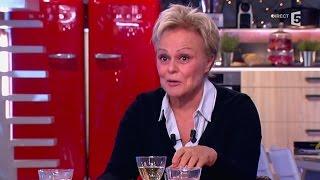 Muriel Robin parle d'homosexualité - C à vous - 15/12/2014