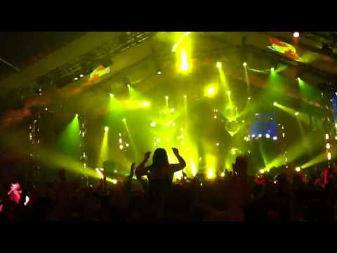 Kid Cudi - Up Up and Away @lollapalooza 2011