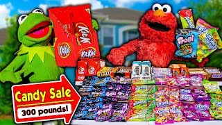 Kermit the Frog and Elmo Buy 300 Pounds of Halloween Candy!