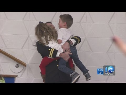 Father returns home, surprises kids at Seaford Elementary School