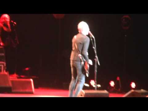 Fleetwood Mac-Second Hand News live in Milwaukee, WI 2-12-15