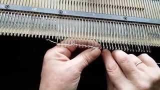 Вязание на вязальной машине Нева 5 -Урок № 1
